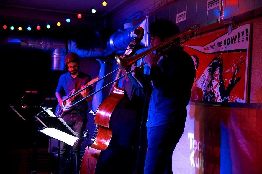 Pieśni kurpiowskie (w niezwykłej aranżacji) na Międzynarodowy Dzień Jazzu.