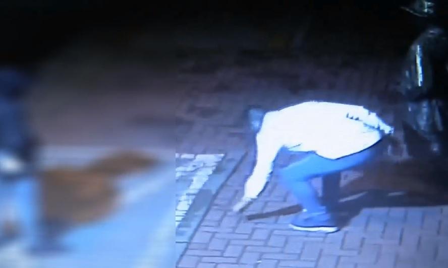 Jeden wandal złapany. Nadal poszukiwany kompan, wraz z którym dokonał dewastacji w centrum Katowic.