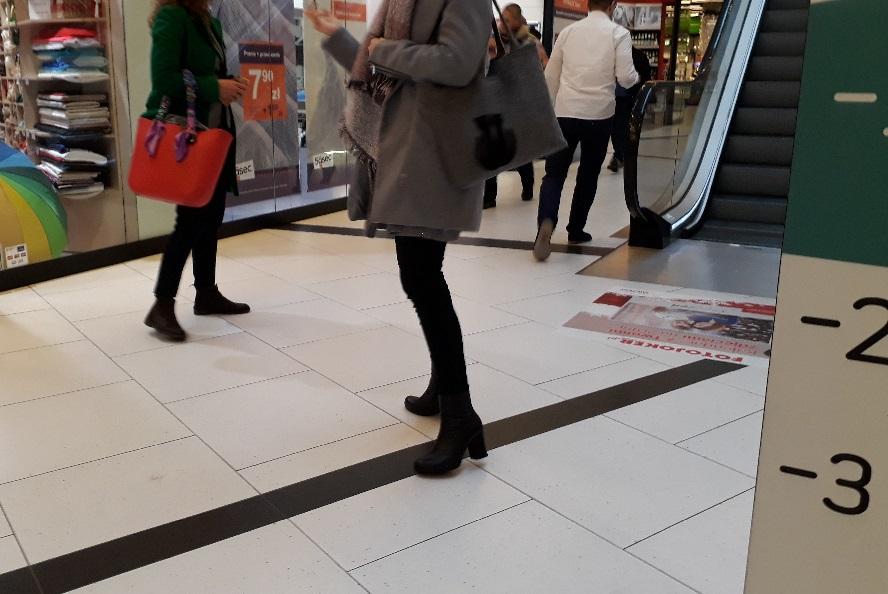 Ewakuacja centrum handlowego w Katowicach. Ale bez paniki.