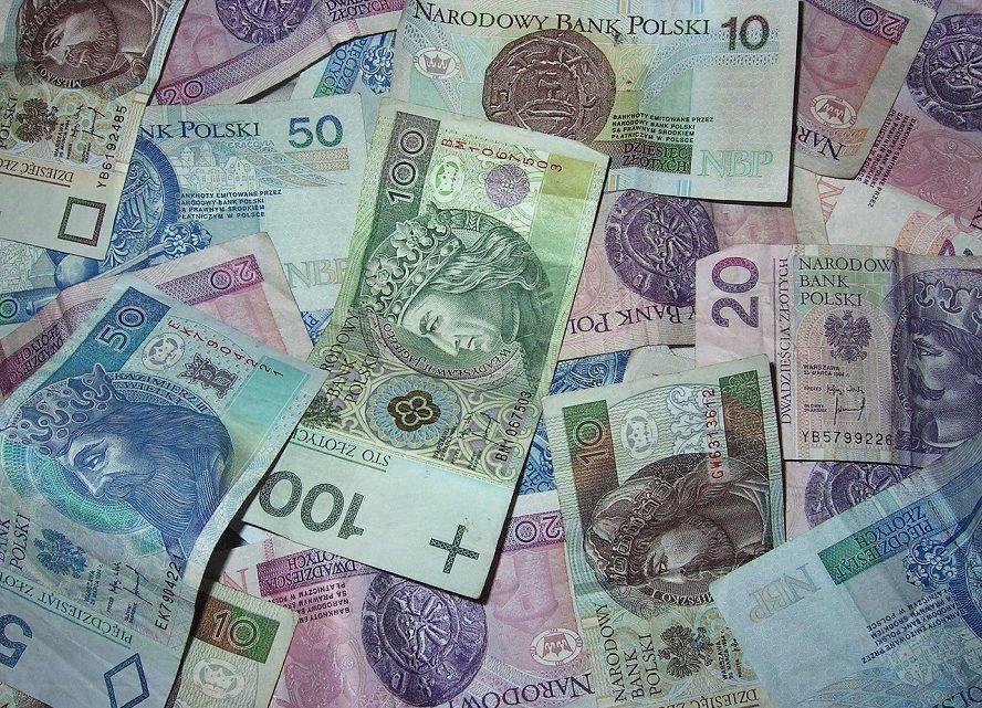 Kto wie, o jaką ilość gotówki chodzi, ten ją otrzyma. Pieniądze czekają.