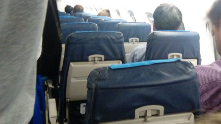 Dramatyczny kryzys w samolocie lecącym z Katowice Airport. Pilot zasłabł.