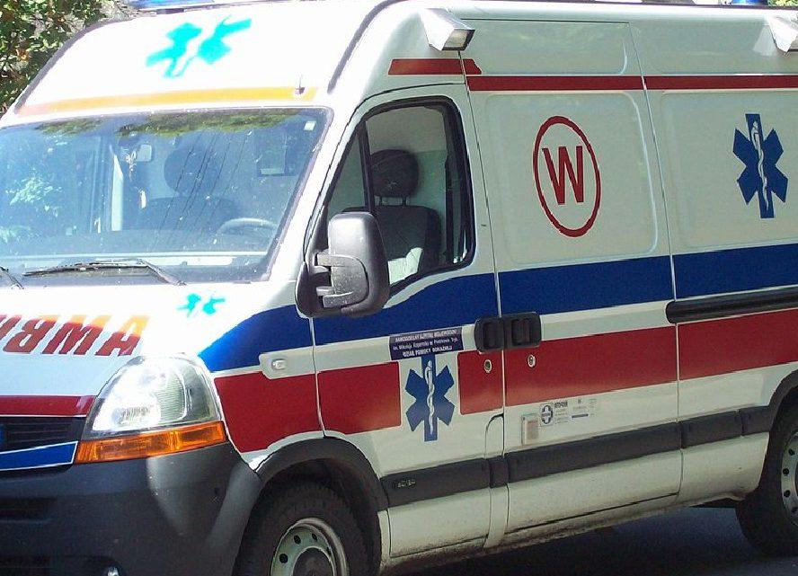 Ratownik medyczny i policjant podczas interwencji udzielali pomocy katowiczance pobitej przez męża. Ale to ich sąd skazał.
