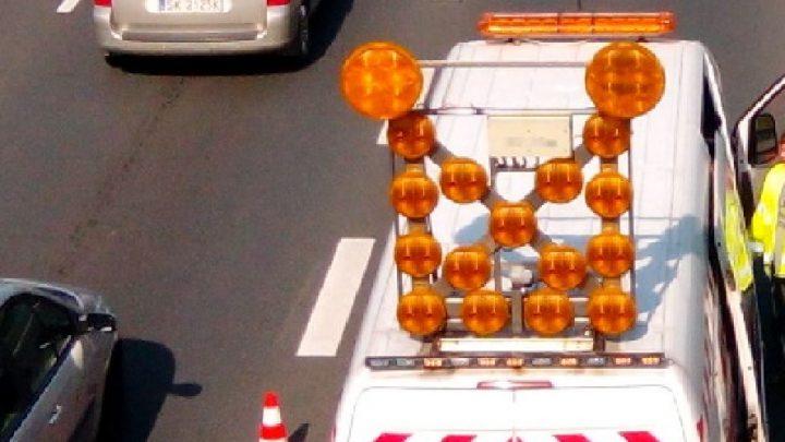 Potworne korki. W jednym przypadku przyczyną wypadek ciężarówki (zginął człowiek). W drugim awaria (to w centrum Katowic).