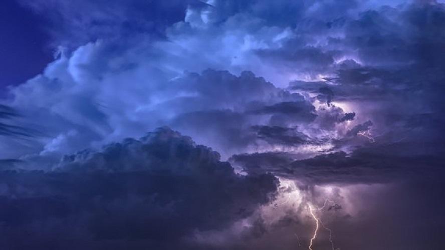 Ostrzeżenie pogodowe zostało wydane dziś rano przez służby wojewody śląskiego. Obowiązuje od przedpołudnia aż do późnych godzin wieczornych.