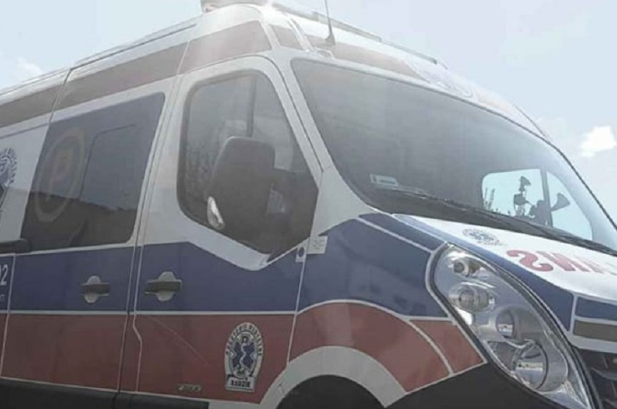 Autobus potrącił rowerzystkę. Kierowca uciekł pozostawiając nieprzytomną kobietę na asfalcie.