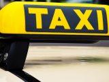 Taksówkarz z Katowic uratował swoją klientkę przed oszustami.
