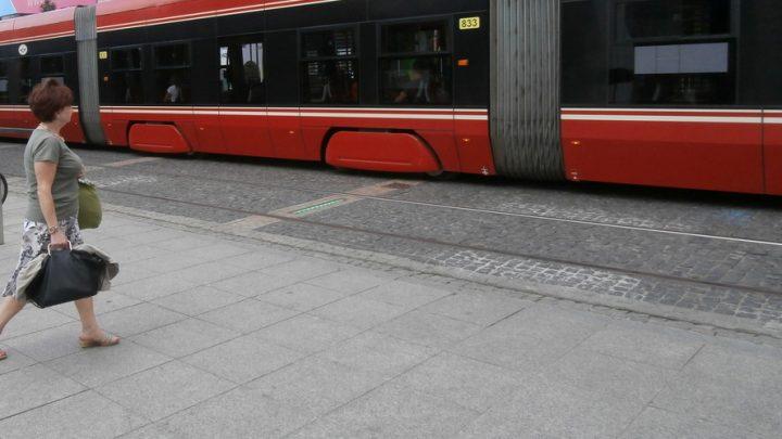 Parada tramwajów w Katowicach. Wszystkich chętnych zabiorą na swój pokład. A kto dojedzie na miejsce, ten będzie mógł zobaczyć m.in. pokaz podnoszenia tramwaju.
