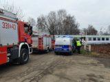 21-dziewczyna położyła się na torach, gdy nadjeżdżał ekspres z Katowic. Nie zginęła, ale straciła obie nogi.