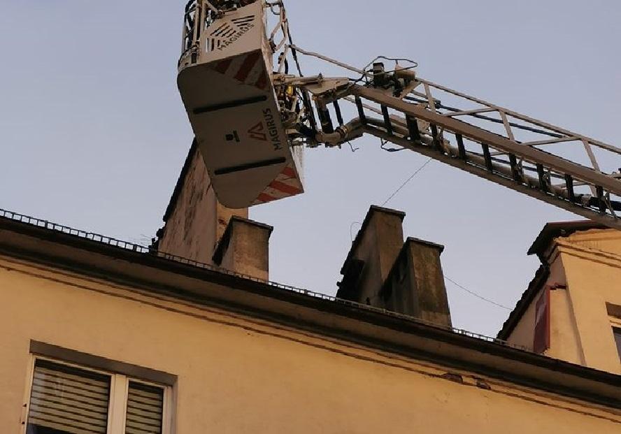 Bardzo niebezpieczna sytuacja w Katowicach. Zagrożone było zdrowie i życie przechodniów.