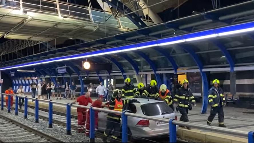 Czeski film śniony na jawie przez polskiego kierowcę. Był pewien, że jest motorniczym, który kursuje na linii poprowadzonej w specjalnym tunelu tylko dla tramwajów w Pradze.