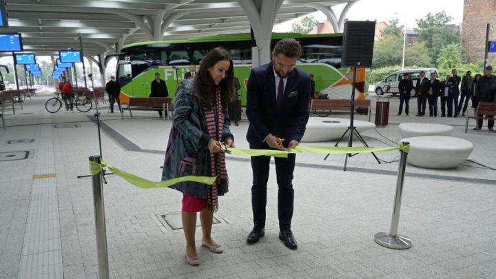 Już od dnia jutrzejszego Międzynarodowy Dworzec Autobusowy w Katowicach obsługiwać będzie około 150 połączeń. A wkrótce przybędą kolejne. Podano cztery ważne informacje.