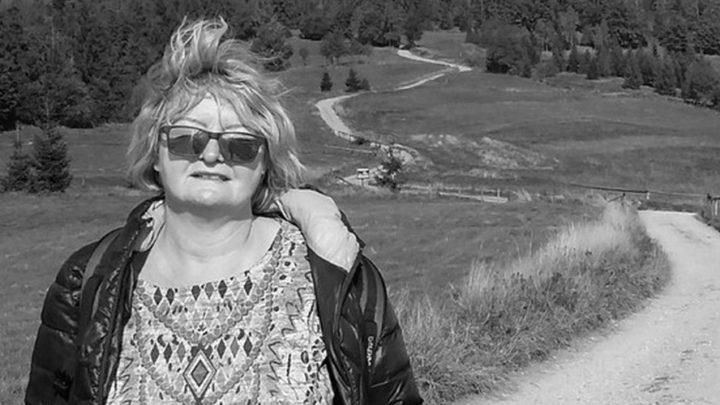 Koleżanki, koledzy, rodzice i uczniowie opłakują panią Elżbietę – nauczycielkę ze Szkoły Podstawowej nr 37 w Katowicach. Do kondolencji przyłącza się prezydent miasta.