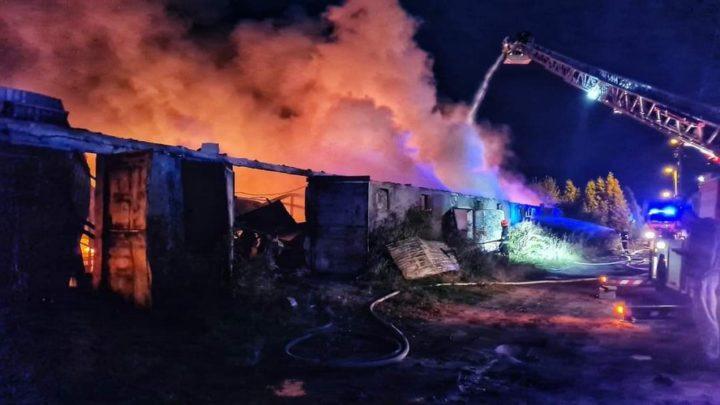 Gigantyczny pożar w Mysłowicach. Spłonęło dosłownie wszystko.