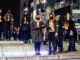 """Czarny strajkowy tramwaj przejedzie z Bytomia do Katowic. Pod hasłem """"Nie oddamy naszych praw"""" na katowickim Rynku szykuje się demonstracja."""