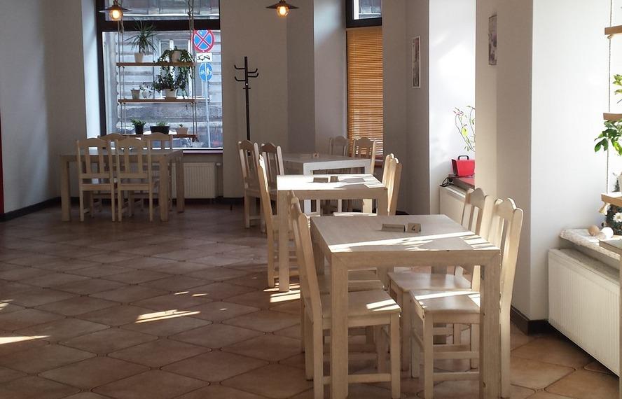 Kolejny lokal gastronomiczny w Katowicach serwuje dania, które następnie badają testerzy jakości i smaku.