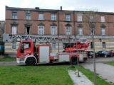 Jedna osoba zginęła w płomieniach. Druga została tak bardzo poparzona, że trafiła do Centrum Leczenia Oparzeń w Siemianowicach Śląskich.